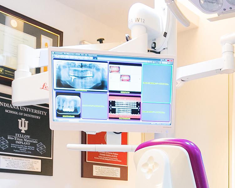 正確なインプラント治療のためにCTスキャナー+3D画像診断・ピエゾサージェリー法を導入